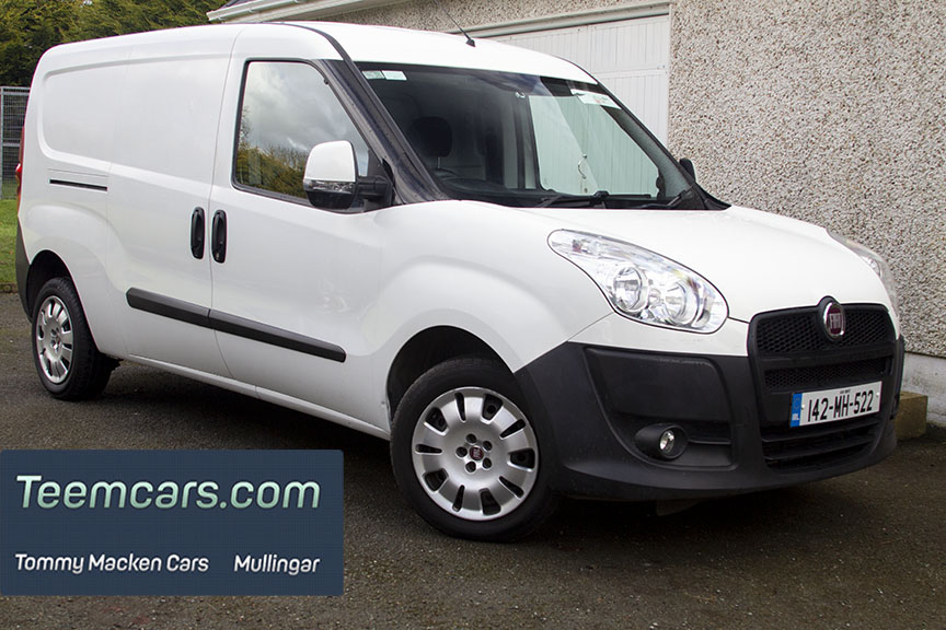 Doblo Maxi Panel Van. Side doors on both sides